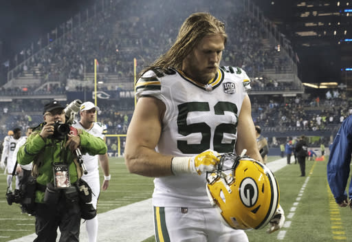 Green Bay Packers outside linebacker Clay Matthews walks off the field after the team's NFL football game against the Seattle Seahawks, Thursday, Nov. 15, 2018, in Seattle. The Seahawks won 27-24. (AP Photo/Stephen Brashear)