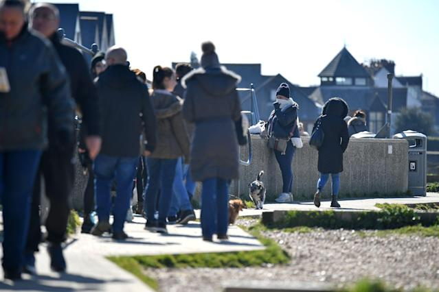 Thousands of people visited the seaside town of Whitstable at the weekend despite the prime minister's advice on social distancing. (Ben Stansall/AFP)