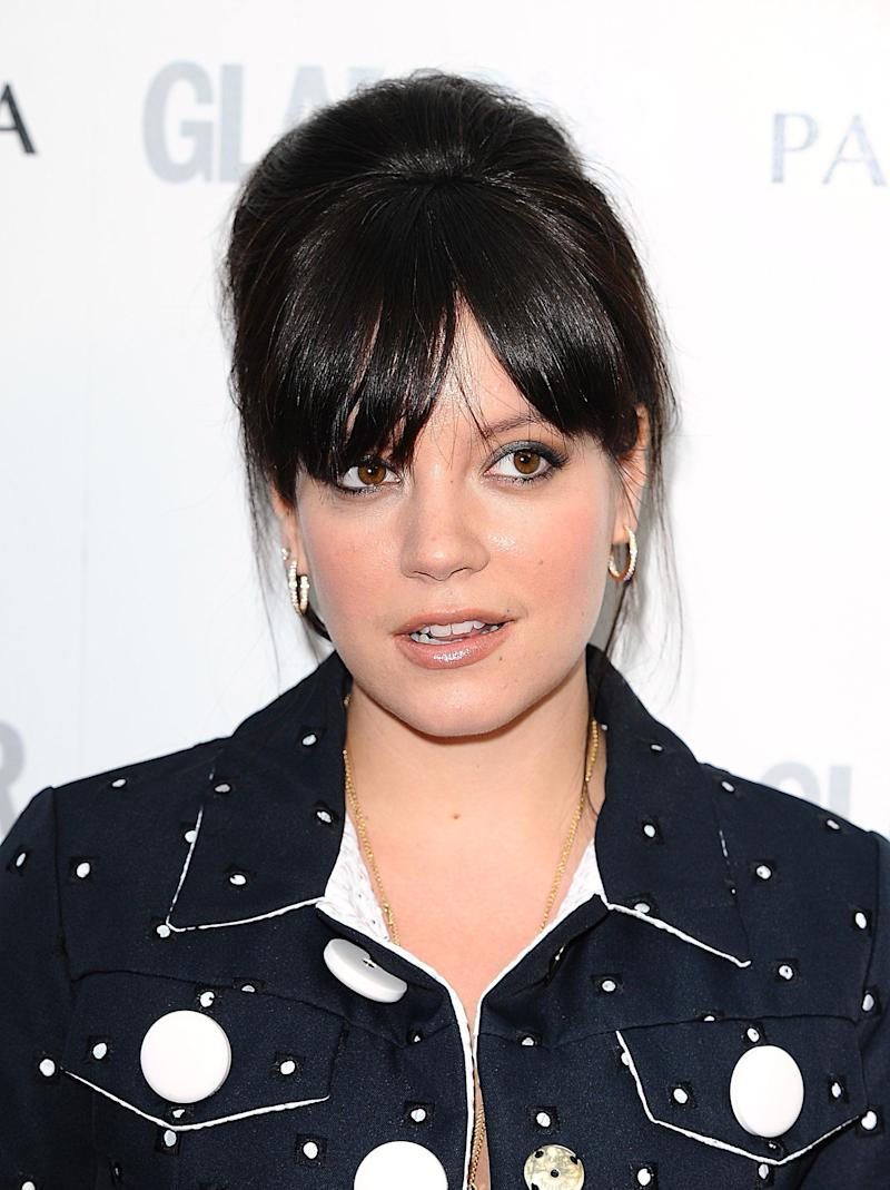 "Lily Allen has been very open about her experiences with pregnancy and infant loss. The singer revealed in 2015 that <a href=""https://twitter.com/lilyallen/status/659108331210993664"">her new song ""Something's Not Right""</a> was written in <a href=""https://twitter.com/lilyallen/status/659107215458963456?ref_src=twsrc%5Etfw"">memory of her stillborn son</a>, whom she delivered in 2010 -- two years after she had a miscarriage.<br /><br />""It was a really long battle, and I think that kind of thing changes a person,"" <a href=""http://abcnews.go.com/Health/lily-allen-talks-repeat-miscarriage-british-documentary/story?id=13084332"">Allen said of the experiences</a> in her 2011 documentary.<br /><br /><a href=""https://twitter.com/lilyallen/status/659108790889902080"">The singer has also encouraged her fans</a> to donate to <a href=""https://www.uk-sands.org/"">Sands</a>, an organization that supports families affected by infant loss and funds research to help prevent future occurrences."