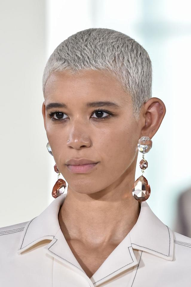 <p>Just in case you weren't sure if silver looks striking with short hairstyles: 24-year-old supermodel Dilone ditched her curls for this silver buzzcut, and just, wow.</p>