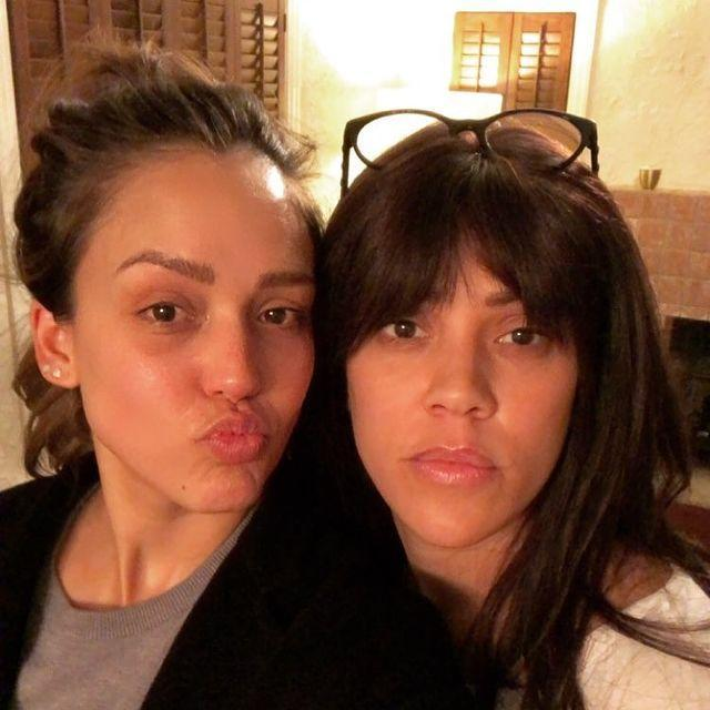 """<p>A regular facial fan, Jessica selfied with esthetician Shani Darden after a facial that left her skin looking moisturized and radiant.</p><p><a href=""""https://www.instagram.com/p/Bfj6tJ6hmNt/?igshid=1r3dt5i5hilfz"""" rel=""""nofollow noopener"""" target=""""_blank"""" data-ylk=""""slk:See the original post on Instagram"""" class=""""link rapid-noclick-resp"""">See the original post on Instagram</a></p>"""