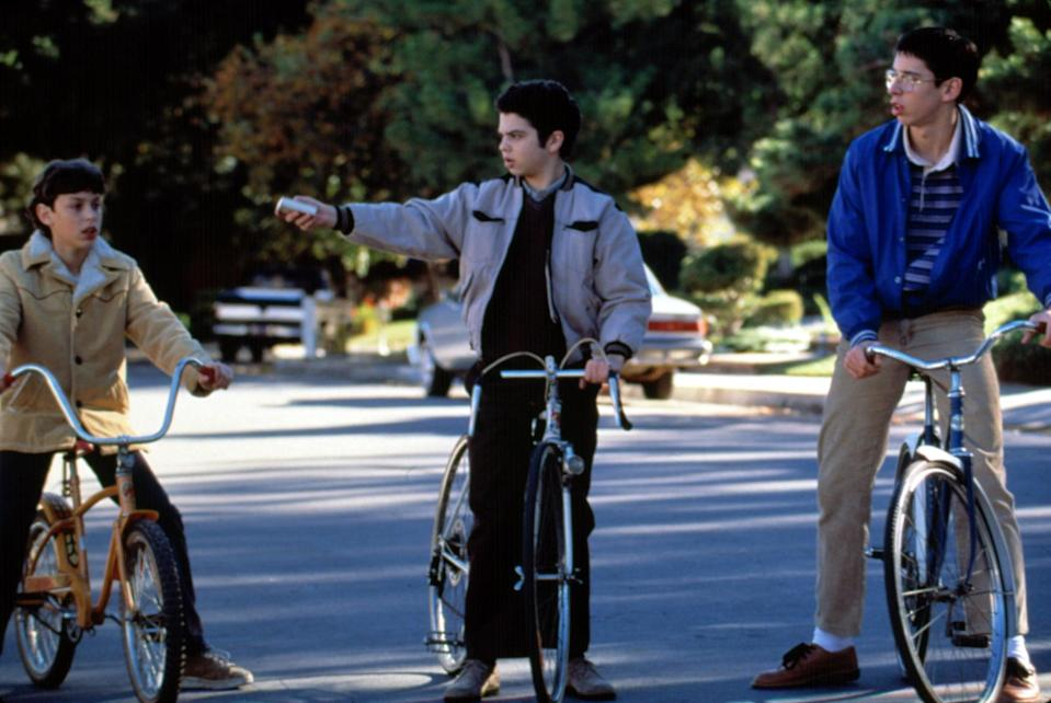 """<p>Another Judd Apatow-created series that ended way too soon: <strong>Freaks and Geeks</strong>. The sitcom follows a group of nerds and burnouts growing up in 1980s Michigan, and even though it got the axe from NBC after a single season in 2000, it helped launch the careers of several cast members, including <a class=""""link rapid-noclick-resp"""" href=""""https://www.popsugar.co.uk/James-Franco"""" rel=""""nofollow noopener"""" target=""""_blank"""" data-ylk=""""slk:James Franco"""">James Franco</a>, <a class=""""link rapid-noclick-resp"""" href=""""https://www.popsugar.co.uk/Seth-Rogen"""" rel=""""nofollow noopener"""" target=""""_blank"""" data-ylk=""""slk:Seth Rogen"""">Seth Rogen</a>, <a class=""""link rapid-noclick-resp"""" href=""""https://www.popsugar.co.uk/Jason-Segel"""" rel=""""nofollow noopener"""" target=""""_blank"""" data-ylk=""""slk:Jason Segel"""">Jason Segel</a>, Busy Philipps, John Francis Daley, Martin Starr, and Linda Cardellini, among others. </p>"""