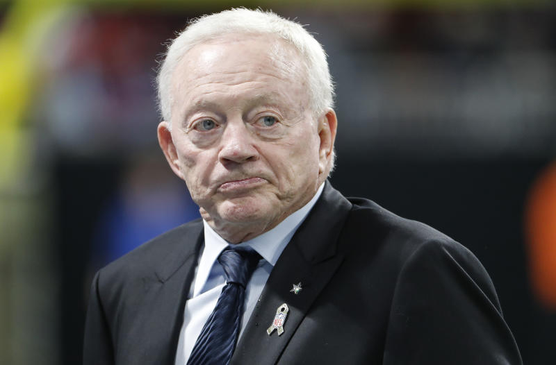 Jerry Jones frowns on the sideline.