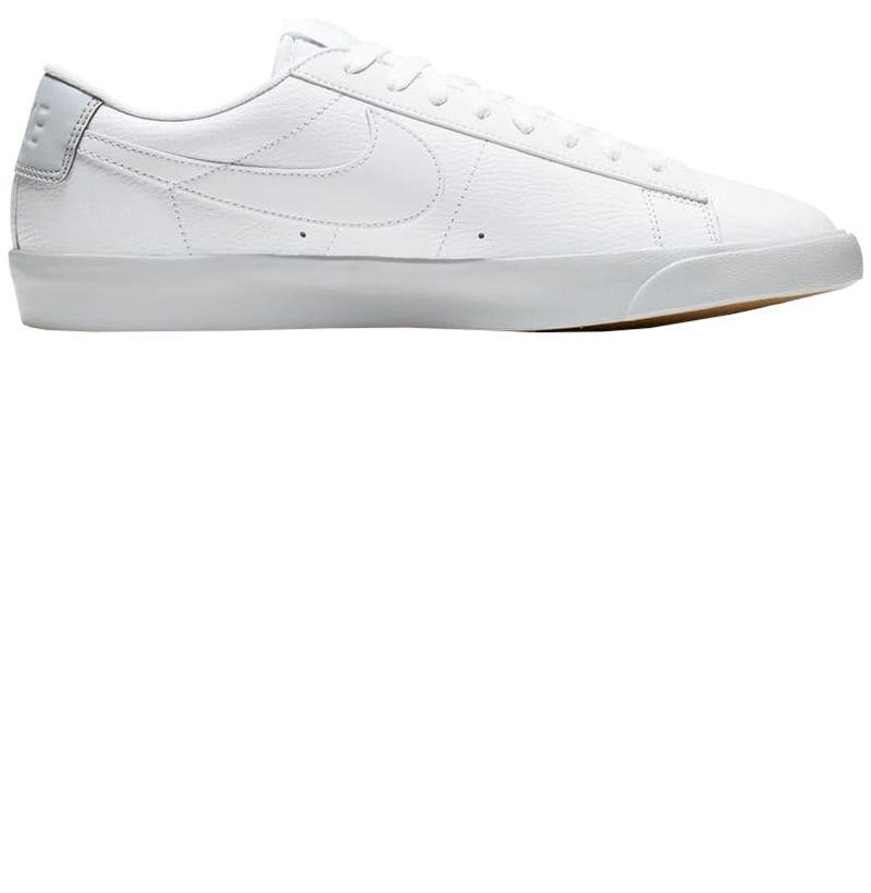 """<p><strong>NIKE</strong></p><p>nordstrom.com</p><p><strong>$55.90</strong></p><p><a href=""""https://go.redirectingat.com?id=74968X1596630&url=https%3A%2F%2Fshop.nordstrom.com%2Fs%2Fnike-blazer-low-lx-sneaker-men%2F5113216&sref=http%3A%2F%2Fwww.esquire.com%2Fstyle%2Fmens-fashion%2Fg28435996%2Fnordstrom-anniversary-2019-sale-clothes-fashion-deals%2F"""" target=""""_blank"""">BUY</a></p><p>After Sale: $75.00</p>"""