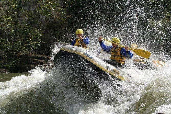 "<p><strong><a href=""https://www.viator.com/tours/West-Virginia/Whitewater-Rafting-Lower-New-River-Gorge-WV/d22230-18198P1"" rel=""nofollow noopener"" target=""_blank"" data-ylk=""slk:Whitewater Rafting Lower New River Gorge WV"" class=""link rapid-noclick-resp"">Whitewater Rafting Lower New River Gorge WV</a></strong></p><p><strong>Glen Jean, West Virginia</strong></p><p>Tourists love to head over to New River Gorge National Park on this six-hour whitewater rafting trip that will get your heart racing. You'll have an adventure while checking out the gorgeous scenery before taking a lunch break near Wood Mountain. </p>"