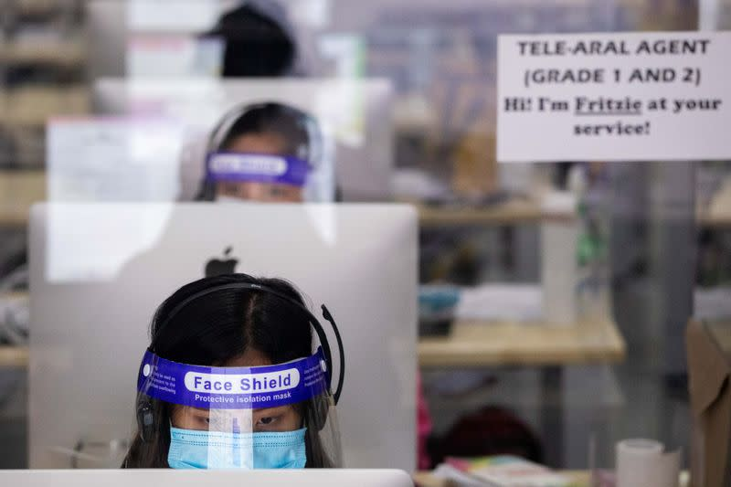Hotline program to help students with distance learning amid COVID-19 in Manila