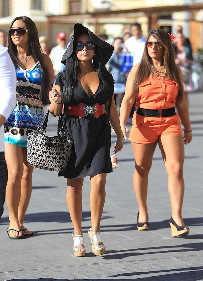 """Although their trip was slightly delayed, the stars of """"Jersey Shore"""" finally made it to Florence, Italy! StClair/Macpherson/<a href=""""http://www.splashnewsonline.com"""" target=""""new"""">Splash News</a> - May 16, 2011"""