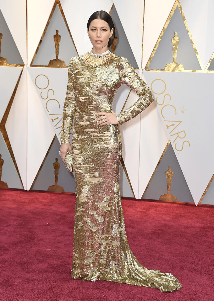 """<p>Jessica Biel steals the (pre-) show in this silver-and-gold KaufmanFranco sparkler with a Tiffany necklace. Or, as her date, her husband Justin Timberlake, remarked: """"I call it perfection, baby.""""<br /> (Photo by Jordan Strauss/Invision/AP)<br /><br /><a rel=""""nofollow"""" href=""""https://www.yahoo.com/style/oscars-2017-vote-for-the-best-and-worst-dressed-225105125.html"""">Go here to vote for best and worst dressed.</a> </p>"""