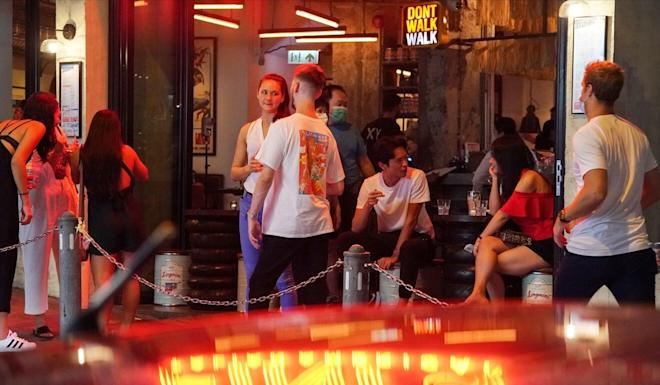 Health officials have not ruled out tightening social-distancing measures at bars. Photo: Felix Wong