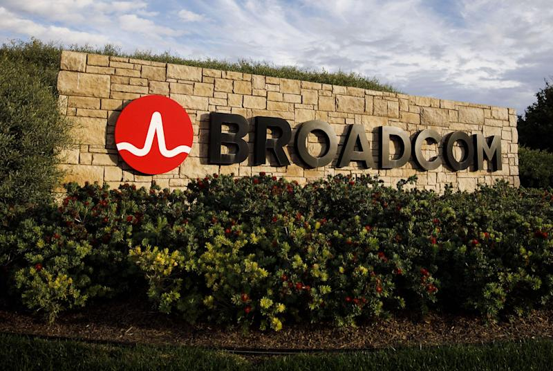 KeyCorp Increases Broadcom (NASDAQ:AVGO) Price Target to $360.00