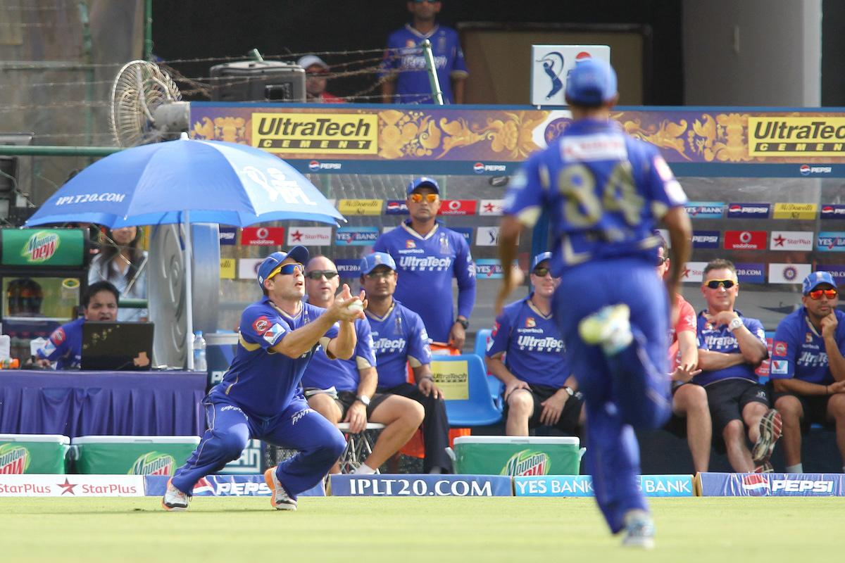 Brad Hodge of Rajasthan Royals takes the catch to get Karan Sharma of Sunrisers Hyderabad wicket during match 36 of the Pepsi Indian Premier League (IPL) 2013 between The Rajasthan Royals and the Sunrisers Hyderabad held at the Sawai Mansingh Stadium in Jaipur on the 27th April 2013. (BCCI)