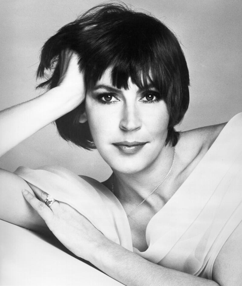 Trailblazing 'I Am Woman' singer Helen Reddy dead at age 78
