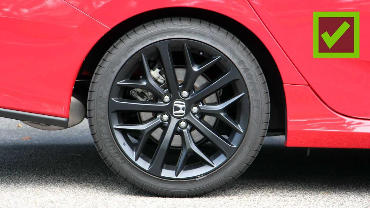 "<p>The ""HPT"" in Honda Civic Si HPT stands for ""high-performance tires,"" and the rubber in question is a set of Goodyear Eagle F1 Asymmetric 2 summers. Those tires used to come standard on performance vehicles like the Ferrari California and Porsche Boxster, but now they're available on a sub-$30,000 sports sedan. And we really like the Civic's new wheels.</p> <p>The standard Civic Si's Goodyear all-seasons don't have enough grip to keep up with the otherwise sporty underpinnings, but the additional stickiness in the HPT model seems to alleviate some of those issues. There's noticeably more traction in the corners, which makes the punchy turbocharged 1.5-liter four-cylinder shine even brighter. But as with any summer tire, you will have to swap them out when winter rolls around.</p><h2>Lessons In Civics:</h2><ul><li><a href=""https://www.motor1.com/reviews/426761/2020-honda-civic-hatchback-sport-touring-review/?utm_campaign=yahoo-feed"">2020 Honda Civic Hatchback Sport Touring Review: Happy Hatch</a></li><br><li><a href=""https://www.motor1.com/reviews/424532/2020-honda-civic-type-r-hatchback-first-drive/?utm_campaign=yahoo-feed"">2020 Honda Civic Type R First Drive Review: Second Helping</a></li><br></ul>"