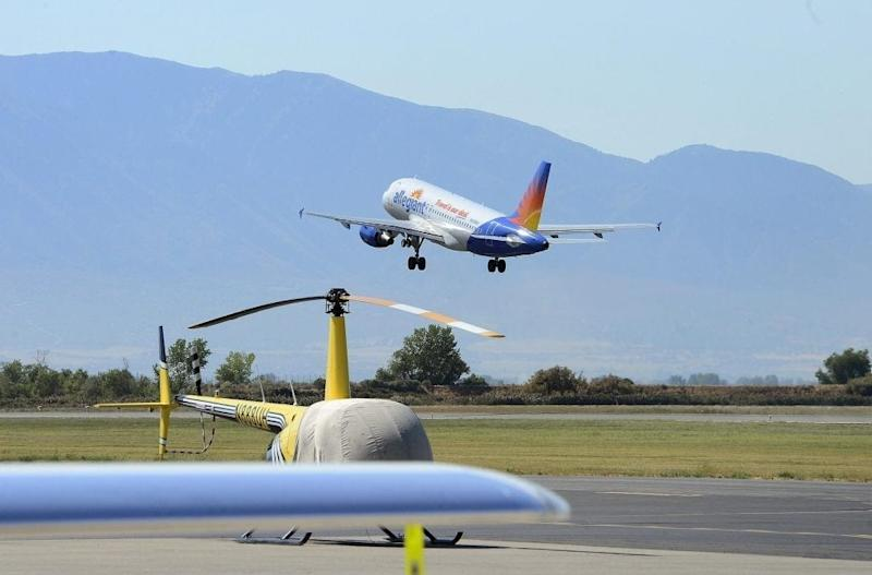Low-Cost Carrier Allegiant Seeks Permission to Fly to Mexico, Finally