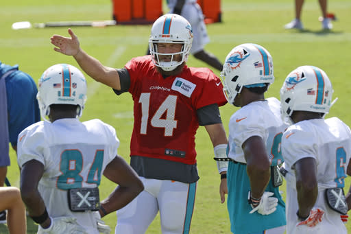 Dolphins' Fitzpatrick returns to camp after 1-day absence