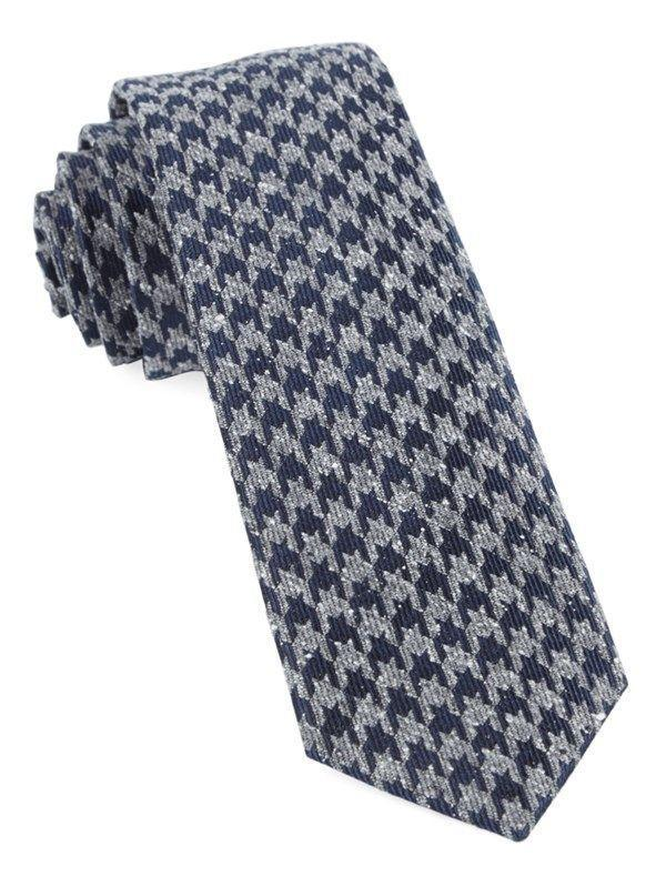 """<p><strong>The Tie Bar</strong></p><p>thetiebar.com</p><p><strong>$12.50</strong></p><p><a href=""""https://go.redirectingat.com?id=74968X1596630&url=https%3A%2F%2Fwww.thetiebar.com%2Fproduct%2FTIE-1992-0251&sref=https%3A%2F%2Fwww.esquire.com%2Fstyle%2Fmens-fashion%2Fg35178065%2Fthe-tie-bar-semi-annual-sale-2021%2F"""" rel=""""nofollow noopener"""" target=""""_blank"""" data-ylk=""""slk:Shop Now"""" class=""""link rapid-noclick-resp"""">Shop Now</a></p>"""