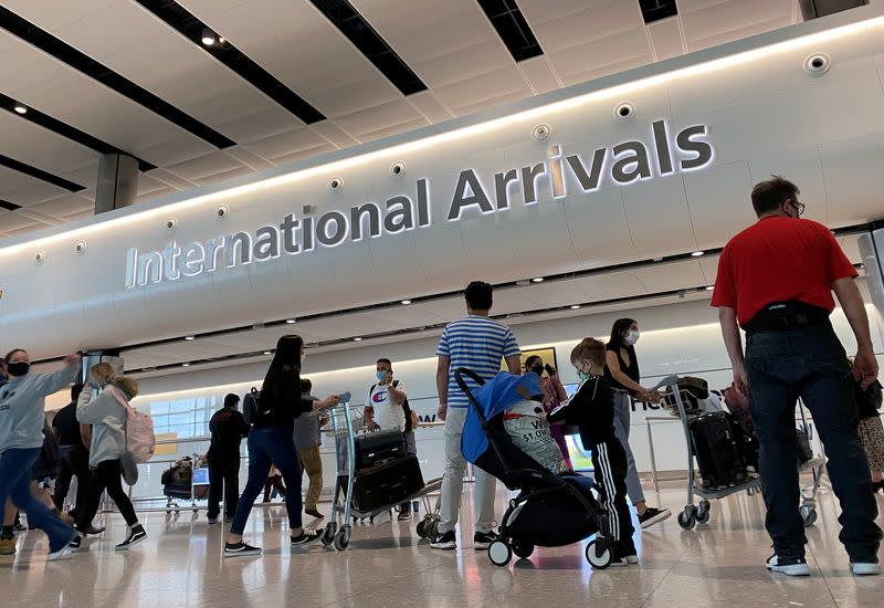Heathrow Airport warns of jobs risk if no aviation recovery