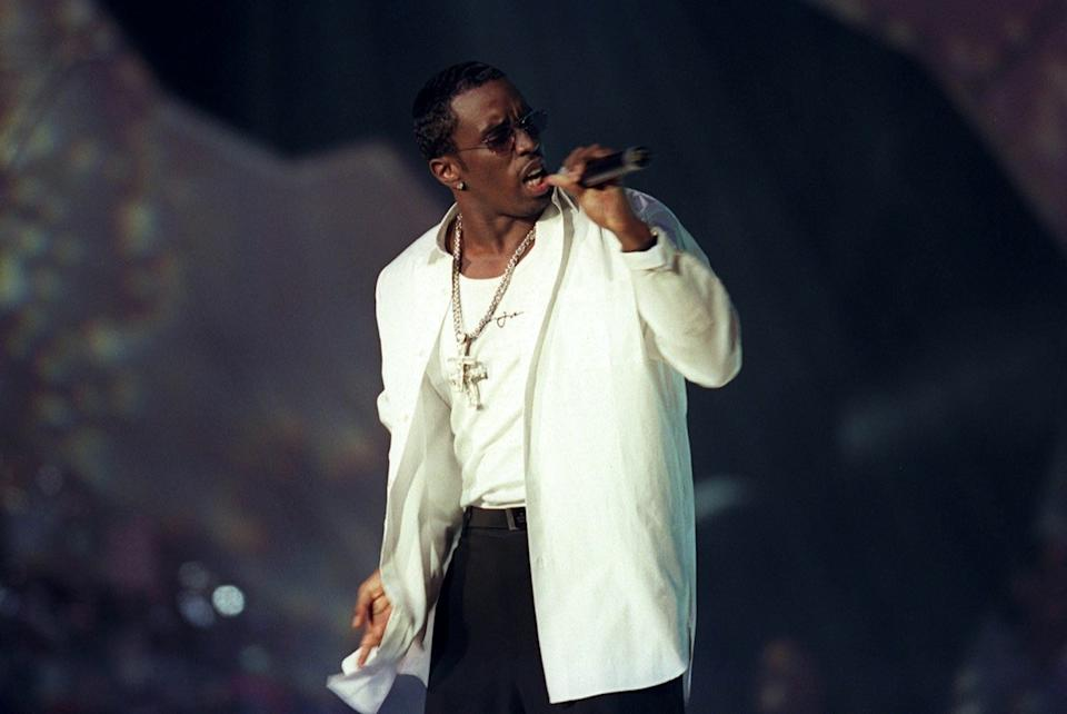 Puff Daddy Performing 1999