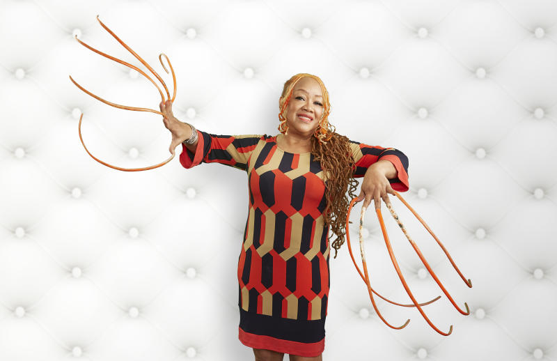 This woman has the longest nails in the world, and she\'s been ...