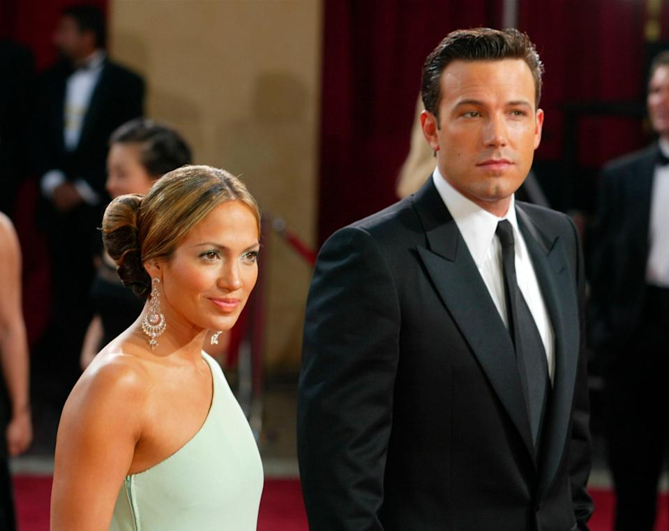 """<h1 class=""""title"""">Arrest Warrant Issued For Ben Affleck After Alleged Threats</h1><cite class=""""credit"""">Kevin Winter/Getty Images</cite>"""