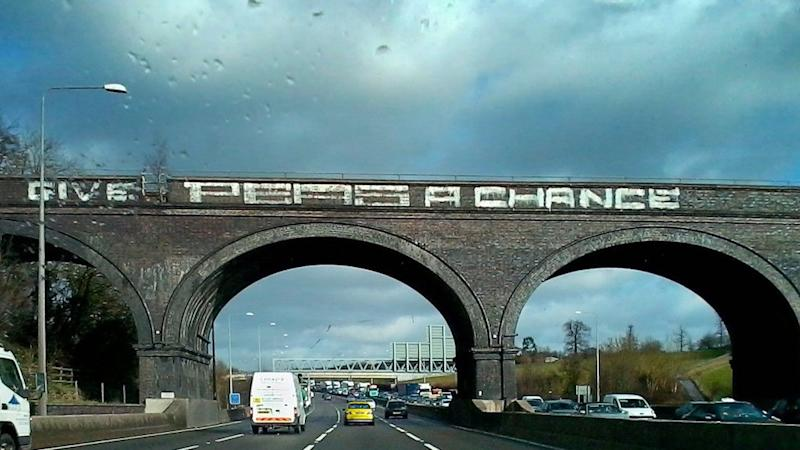 <p>Petition to bring back 'Give Peas A Chance' graffiti on viaduct gathers more than 5,000 signatures, with emotions running high on social media too </p>