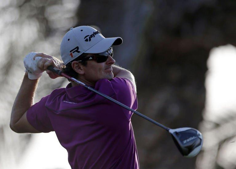 Justin Rose scored a bogey-free 67 during the first round of the Abu Dhabi Golf Championship on January 17, 2013