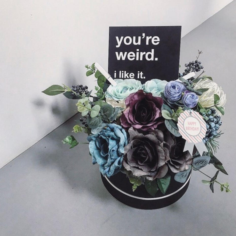 "<p>Some individuals prefer to express their love through dark and gloomy colours. If you're the ""weird"" one, Anthos & Co. has your Valentine's Day covered. (Photo: @anthosandco./Instagram) </p>"