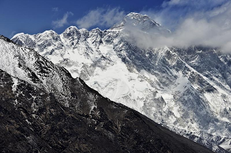 Missing Indian mountaineer dies after climbing Mt Everest