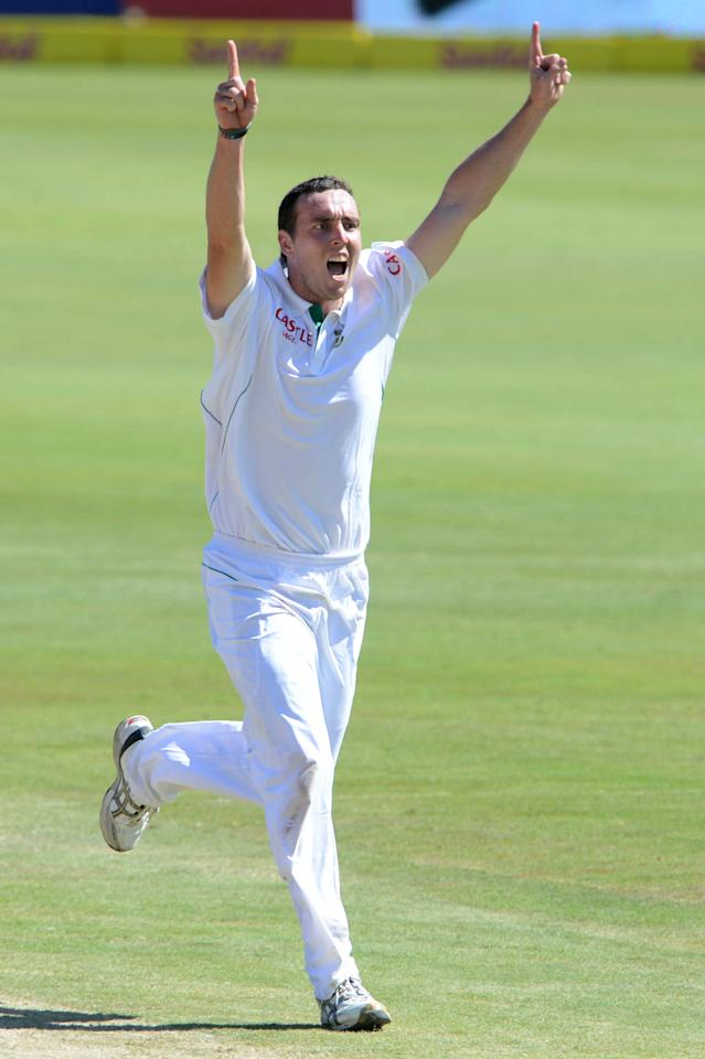 PRETORIA, SOUTH AFRICA - FEBRUARY 23: Kyle Abbott of South Africa celebrates the wicket of Misbah-ul-Haq of Pakistan during day 2 of the 3rd Test match between South Africa and Pakistan at SuperSport Park on February 23, 2013 in Pretoria, South Africa, (Photo by Lee Warren / Gallo Images/Getty Images)