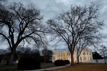 The White House is seen in Washington, U.S., on the second day of Government shutdown, January 21, 2018. REUTERS/Yuri Gripas