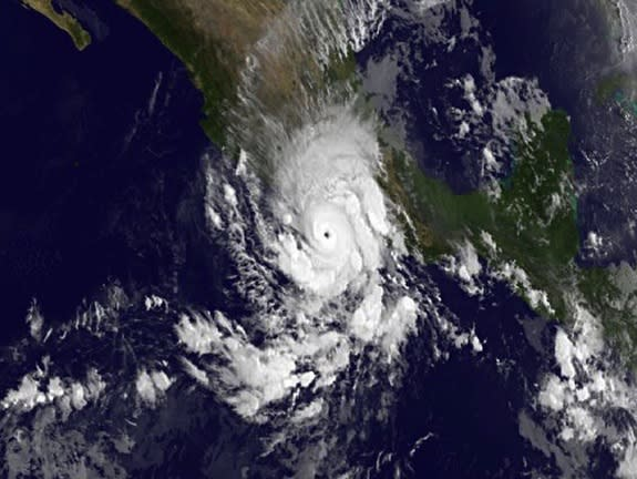 Hurricane Raymond Seen from Space (Satellite Photos)