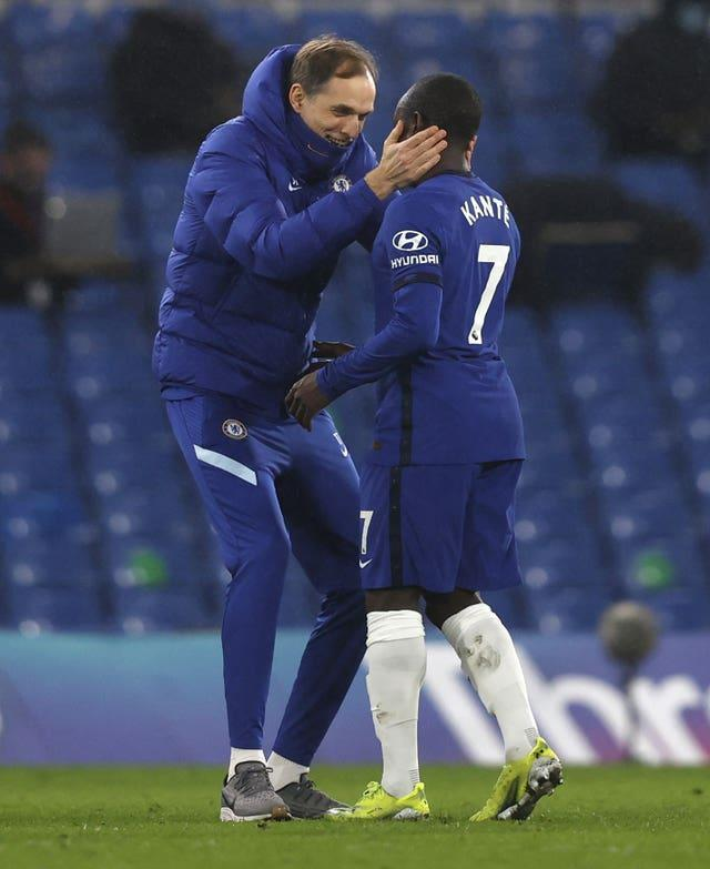 Chelsea manager Thomas Tuchel embarces N'Golo Kante after the match