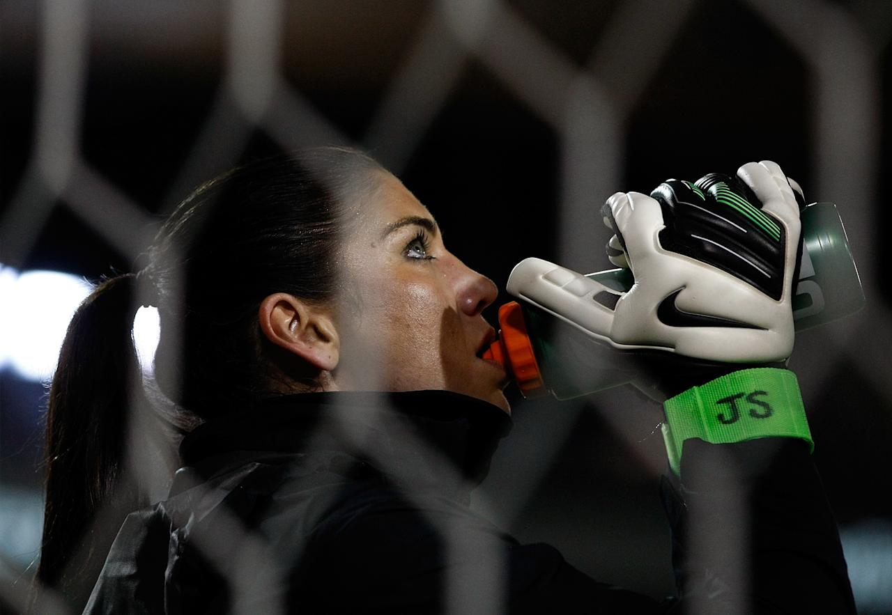 PORTLAND, OR - NOVEMBER 28:  Golakeeper Hope Solo #1 of the United States warms up before the game against Ireland on November 28, 2012 at Jeld-Wen Field in Portland, Oregon.  (Photo by Jonathan Ferrey/Getty Images)