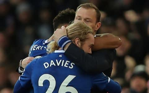 <span>The bond between Ferguson and his Everton players was obvious against Chelsea</span> <span>Credit: Reuters </span>