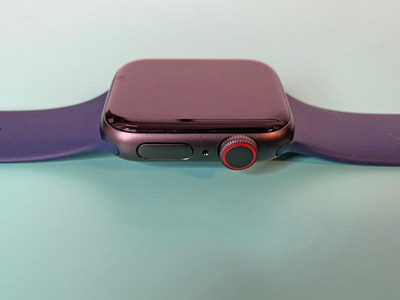 Apple Watch SE Side