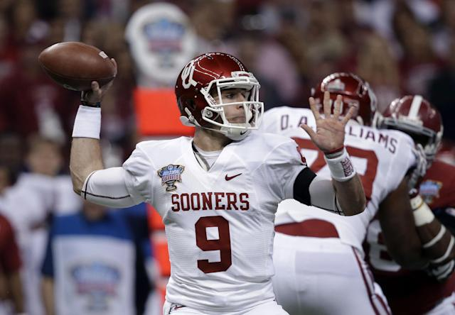 Oklahoma quarterback Trevor Knight (9) passes against Alabama during the first half of the Sugar Bowl NCAA college football game, Thursday, Jan. 2, 2014, in New Orleans. (AP Photo/Patrick Semansky)