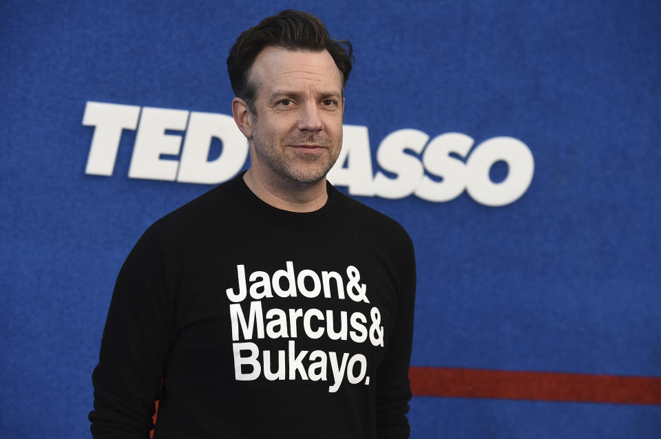 Jason Sudeikis arrives at the premiere of the second season of