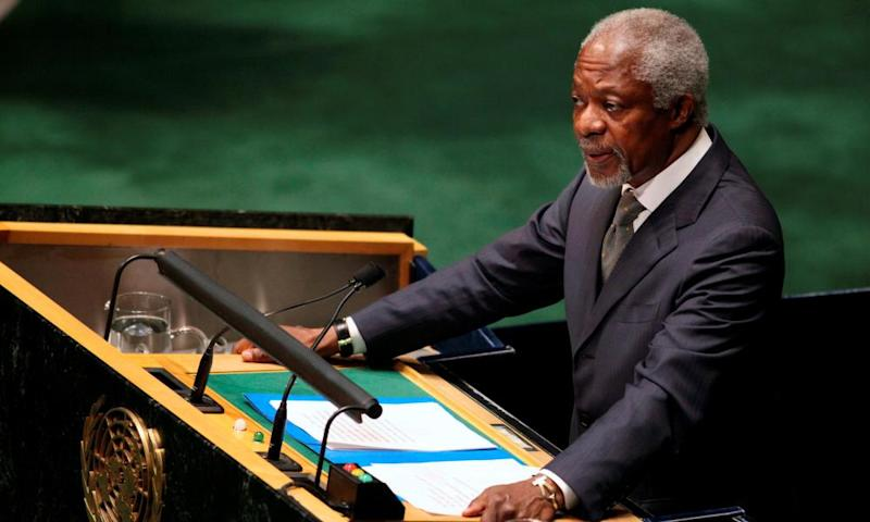 Kofi Annan addresses the UN general assembly in New York