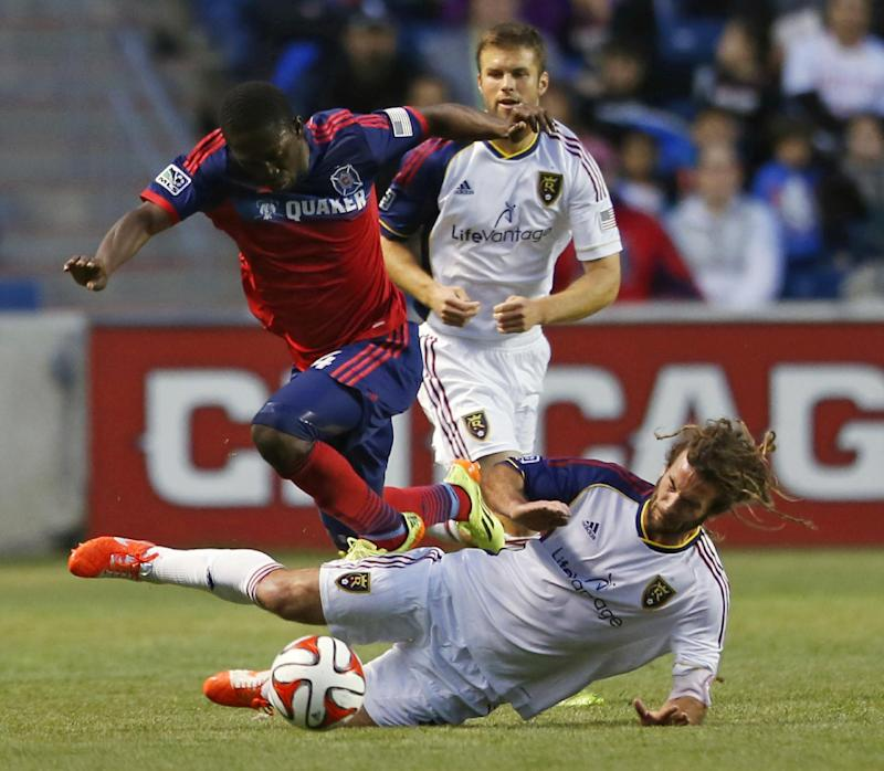Real Salt Lake remains unbeaten, tops Fire 3-2