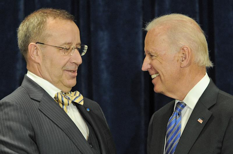 U.S. Vice President Joe Biden, right, and Estonian President Toomas Hendrik Ilves meet for talks in Warsaw, Poland, Tuesday, March 18, 2014. Biden arrived in Warsaw for consultations with Polish Prime Minister Donald Tusk, Polish President Bronislaw Komorowski and Estonian President Ilves, a few hours after Russian President Vladimir Putin approved a draft bill for the annexation of Crimea, one of a flurry of steps to formally take over the Black Sea peninsula. (AP Photo/Alik Keplicz)