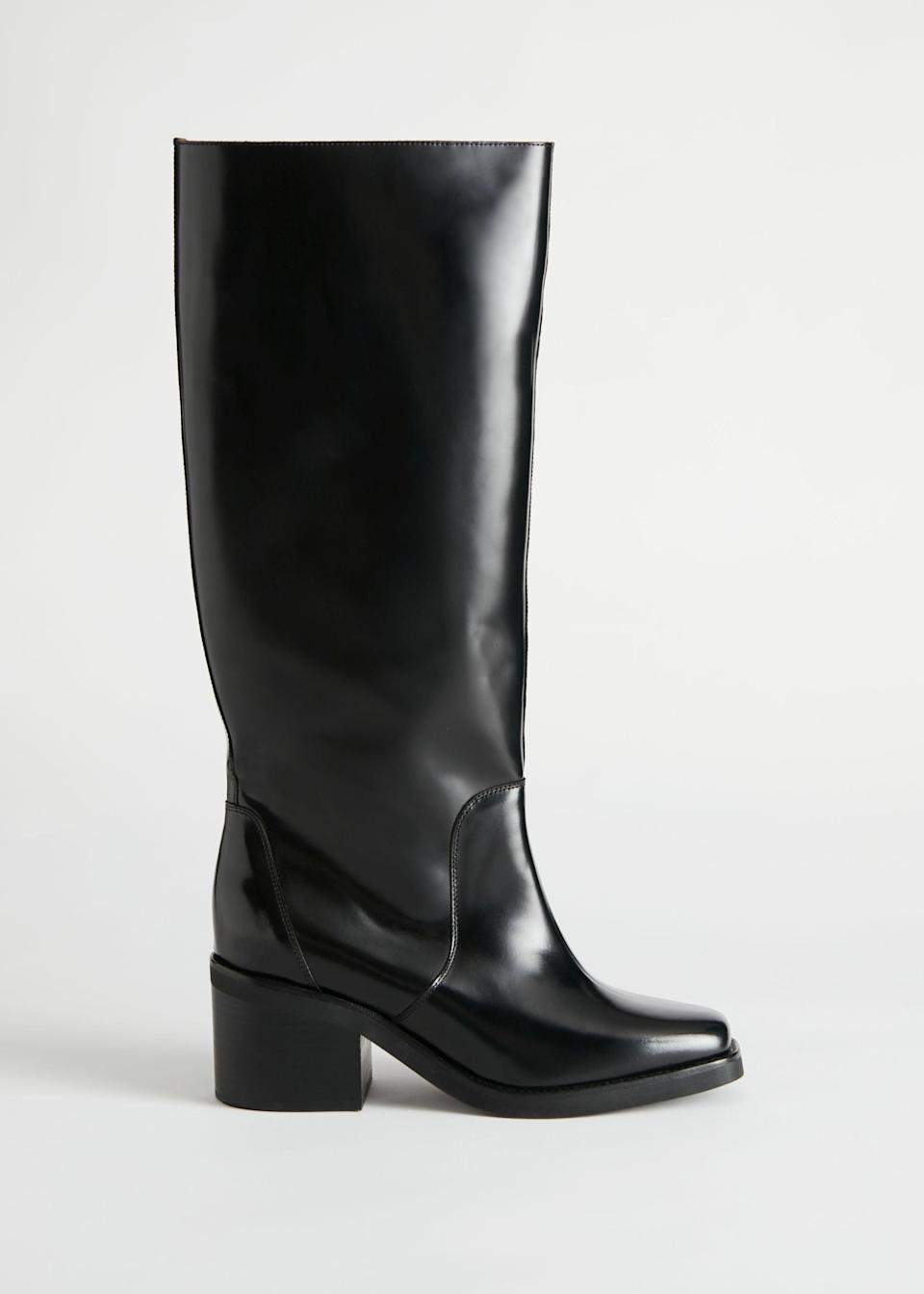 """<br><br><strong>& Other Stories</strong> Square Toe Knee High Leather Boots, $, available at <a href=""""https://go.skimresources.com/?id=30283X879131&url=https%3A%2F%2Fwww.stories.com%2Fen_usd%2Fshoes%2Fboots%2Fproduct.square-toe-knee-high-leather-boots-black.0797200001.html"""" rel=""""nofollow noopener"""" target=""""_blank"""" data-ylk=""""slk:& Other Stories"""" class=""""link rapid-noclick-resp"""">& Other Stories</a>"""