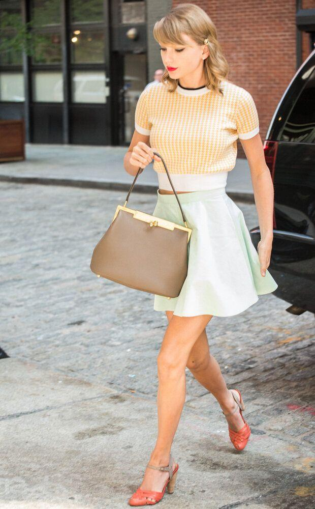 NEW YORK, NY - JULY 1: Taylor Swift seen in New York, New York on July 1, 2014. Credit: mpi67 / MediaPunch/IPX