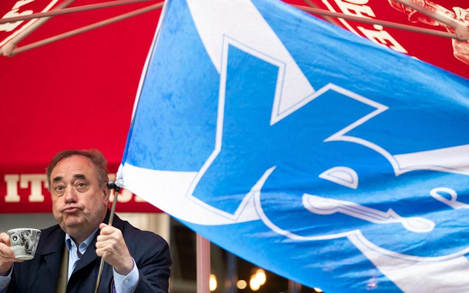 Alba Party leader Alex Salmond during a visit to the Scotsman Lounge in Edinburgh on the campaign trail for the forthcoming Scottish Parliamentary Election on May 6, 2021. Picture date: Monday May 3, 2021. PA Photo. See PA SCOTLAND Election.  - Jane Barlow/PA Wire