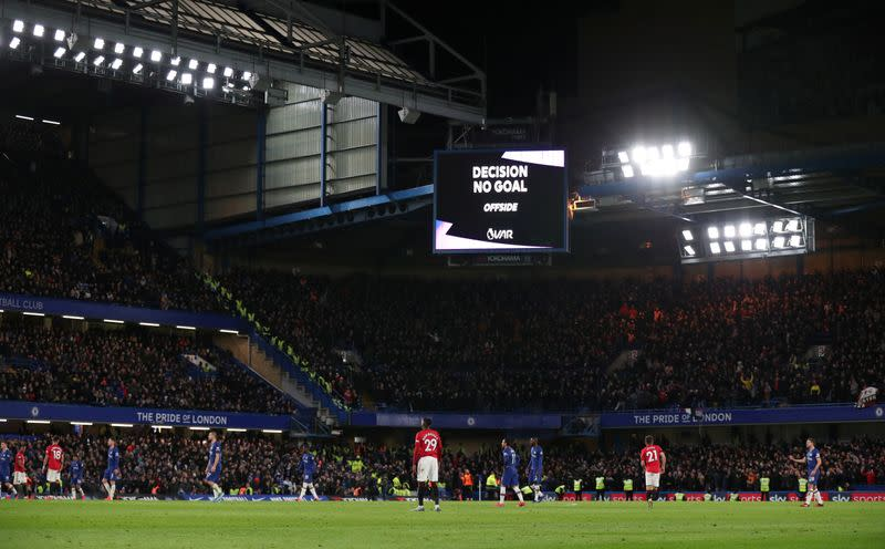 Chelsea ban group of Manchester United fans for homophobic chants