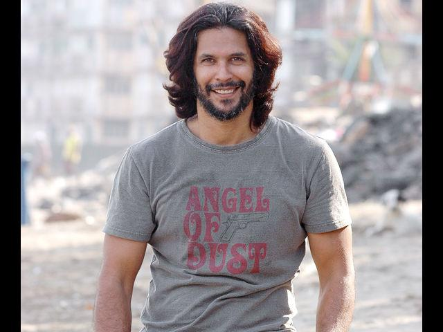 <b>13. Milind Soman</b><br>After having been a model and mentor for many years, Milind Soman is the perfect example of a fit and fabulous person. His cool charm and gentlemanly personality combined with his love for experimenting with fashion is what we absolutely love about Milind.