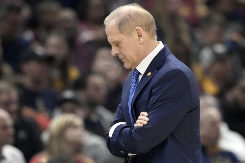 Beilein officially resigns as Cavs coach, will stay in organization