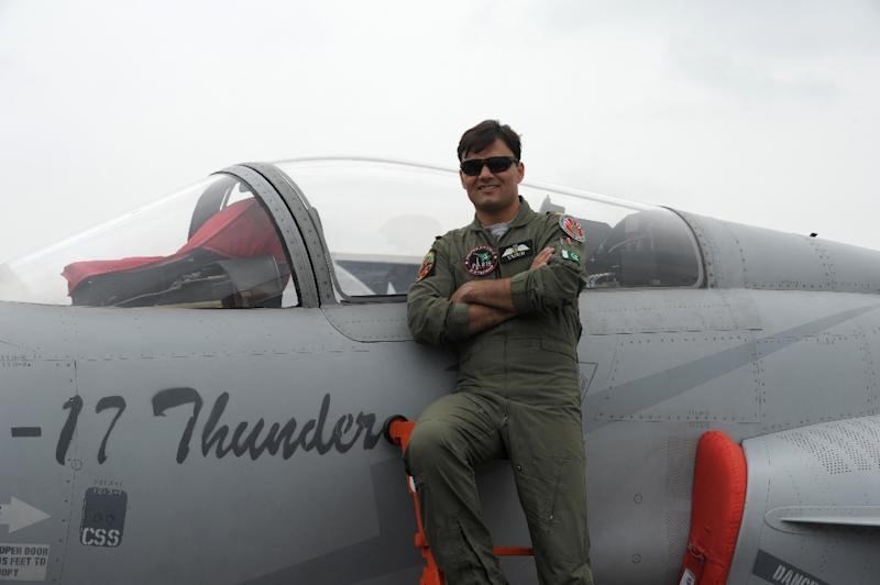 Pakistan's very own Top Gun sets pulses racing on social media