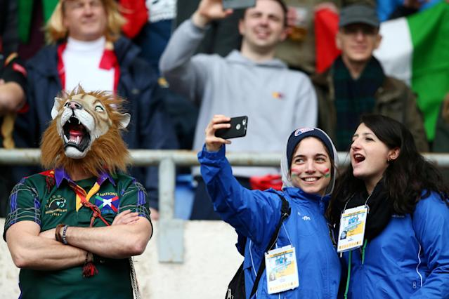 Rugby Union - Six Nations Championship - Italy vs Scotland - Stadio Olimpico, Rome, Italy - March 17, 2018 Scotland and Italy fans before the match REUTERS/Alessandro Bianchi TPX IMAGES OF THE DAY