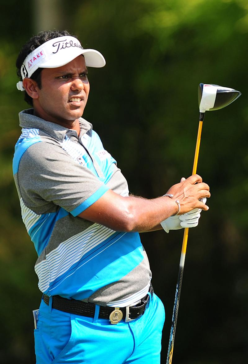 Golf - Chawrasia maintains lead at Indian Open