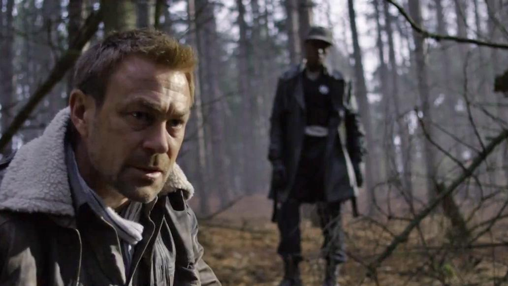 "Grant Bowler as Chief Lawkeeper Joshua Nolan and Dewshane Williams as Tommy LaSalle in the ""Defiance"" epsiode, ""Everything Is Broken."""